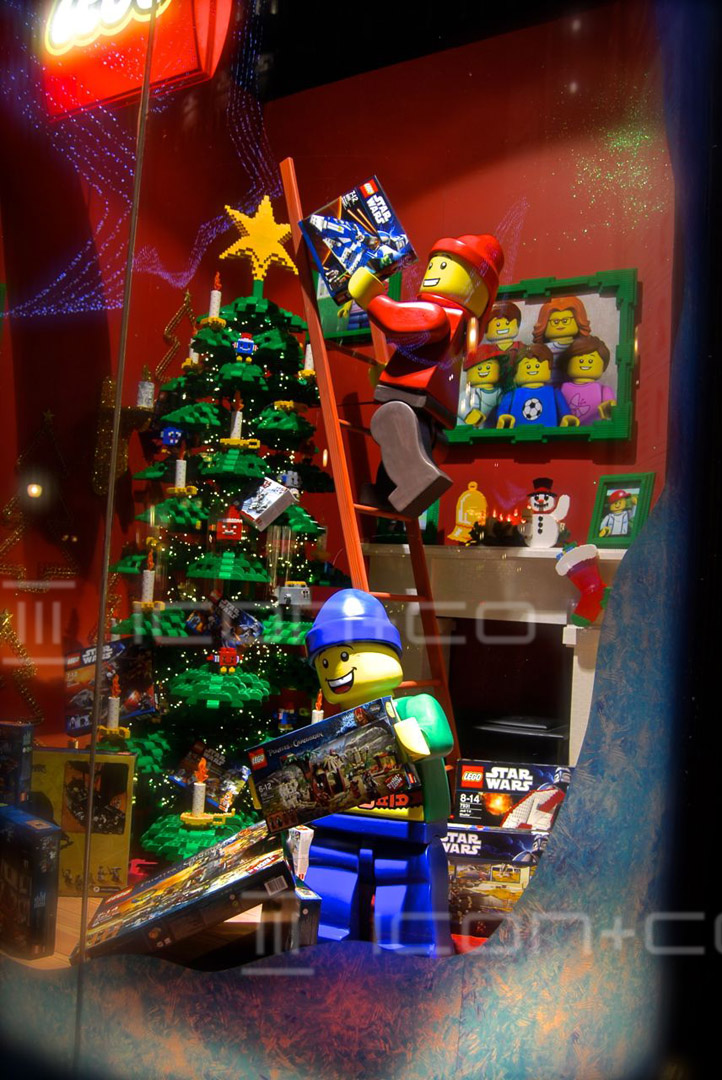 Lego Window Display props, Christmas & Seasonal Display, christmas window display scheme, hamleys london, giant props, figurines, lego figures, xmas tree,