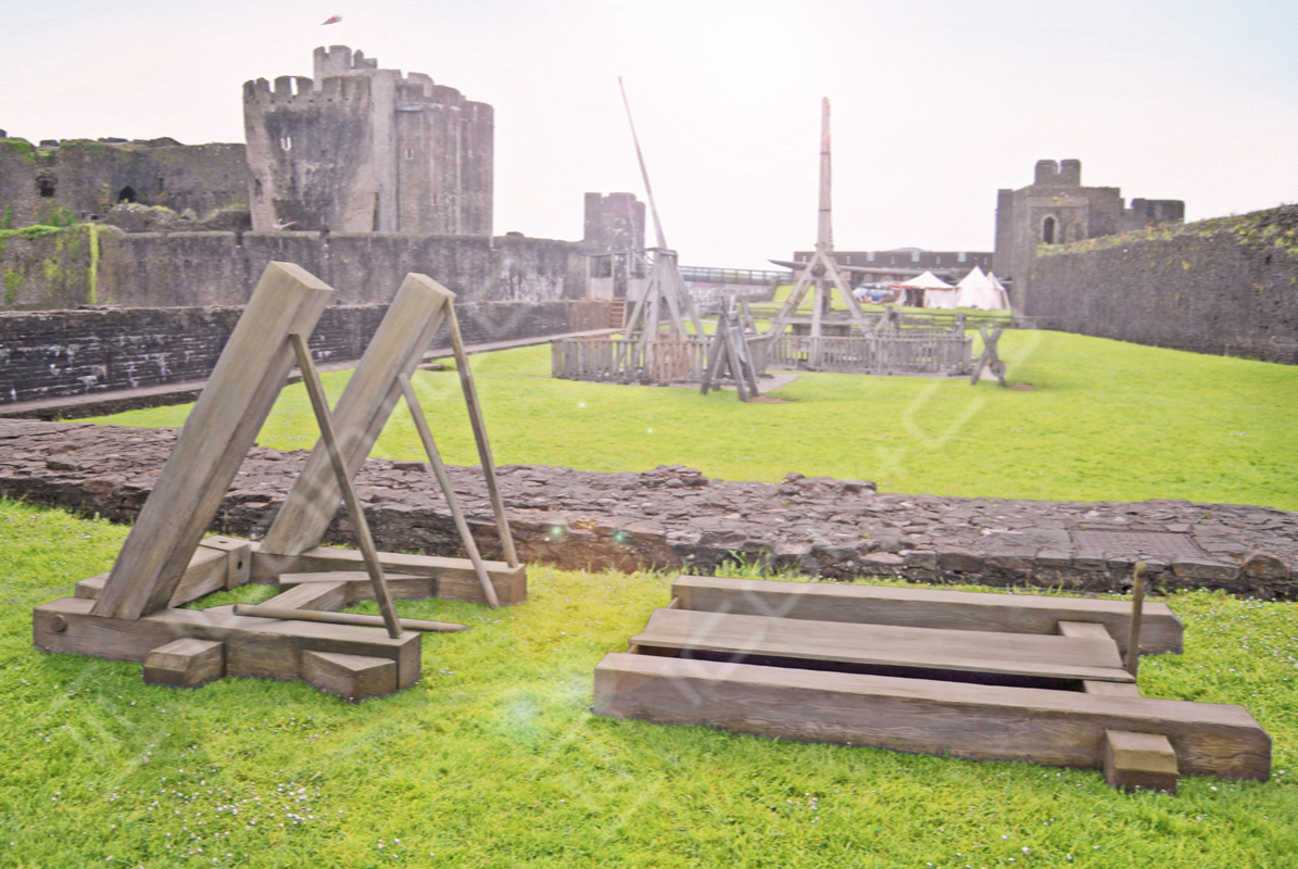 military re-enactment, fake faux medieval tv movie props, giant props